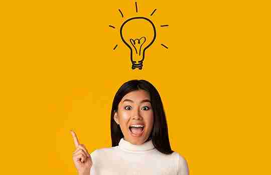 Asian woman with a sketch of a lightbulb above her head